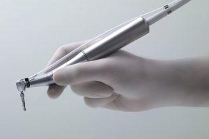 XO Osseo System: Für hochpräzises Arbeiten - Der Implantats- und Hartgewebe-Chirurgiemotor für alle wesentlichen Implantatsysteme.